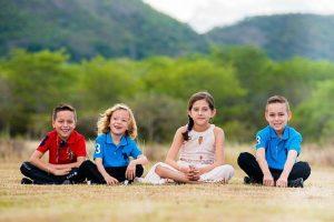 Šťastné dětství – základ života. Problematika dětské výchovy.